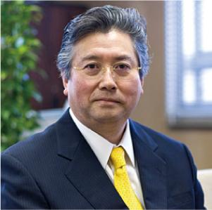 歯学部長 三浦 廣行